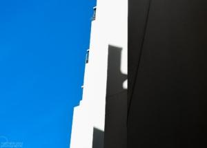 Photographe Architecture: Minimalisme Bleu blanc noir